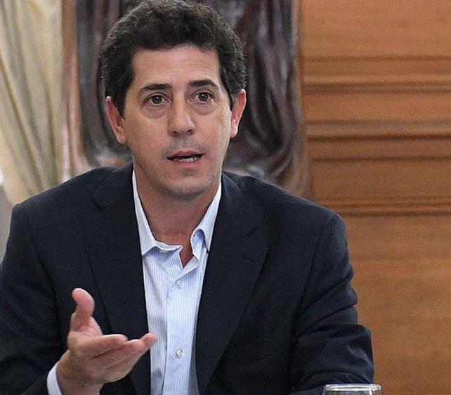 Algunas versiones indican que Alberto aceptó la renuncia de De Pedro