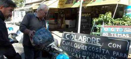 El Concejo distingue al popular almacenero Jorgito por su ejemplo de solidaridad
