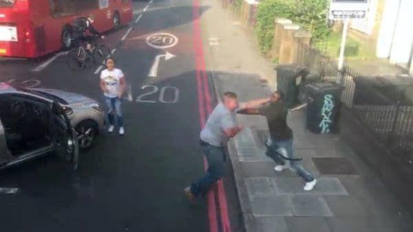 Una brutal pelea entre conductores paralizó el tránsito en Londres