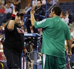 Una divertida exhibición en la previa del partido de anoche entre Del Potro y Djokovic