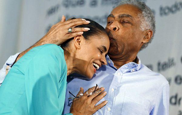 Marina fue recibida en Río por el célebre músico Gilberto Gil.