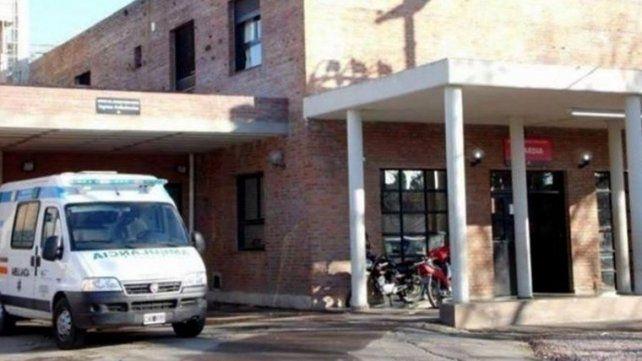 La víctima fue llevada por sus familiares al Hospital Gamen y de ahí derivado al Heca donde falleció la madrugada de ayer.