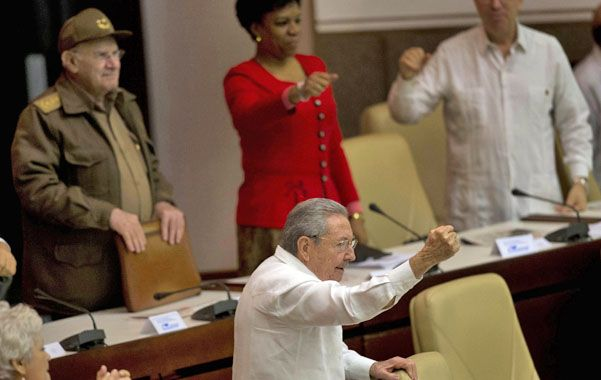 Firmeza. El líder cubano prometió ante el Parlamento llevar adelante una política moderada frente a EEUU.