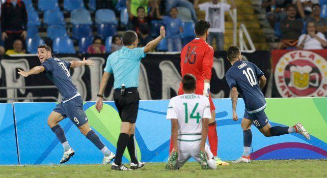 Argentina logró su primer triunfo en el fútbol olímpico ante Argelia