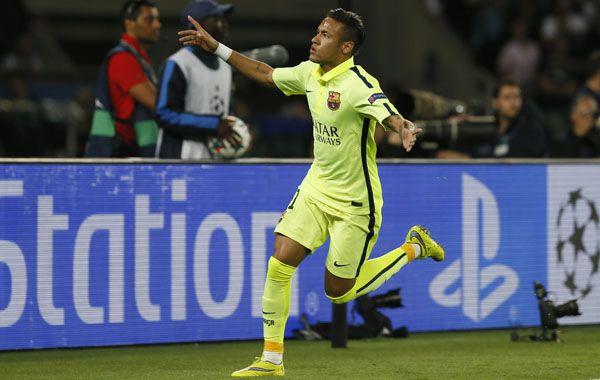 El brasileño Neymar marcó el primer tanto del Barsa ante el PSG: