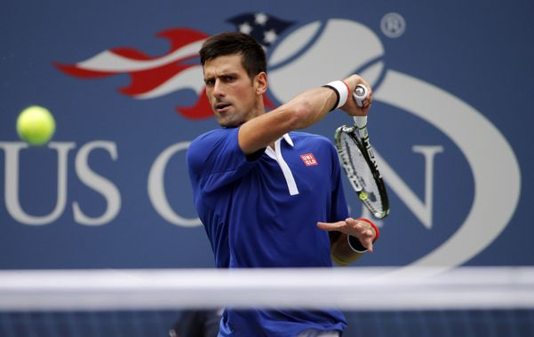 Batalló. Nole Djokovic ganó en tres sets pero el partido no fue sencillo para él.