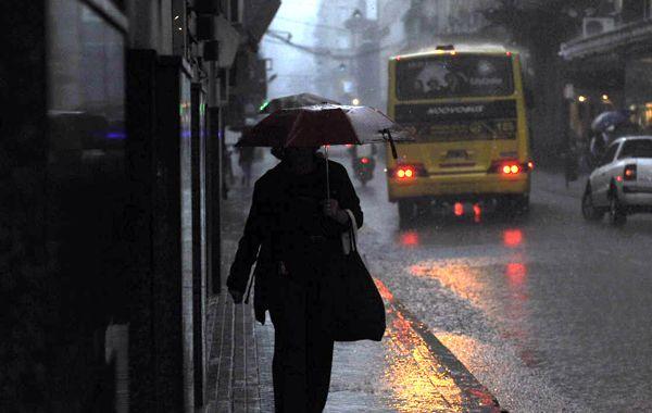 Rosario tendrá una seguidilla de días de lluvia e incluso viento. (foto archivo: Virginia Benedetto)