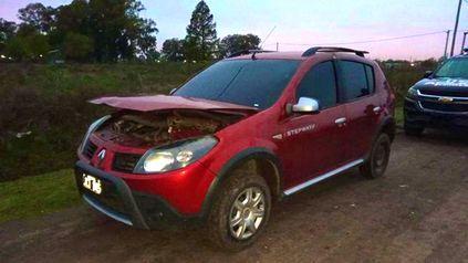 El vehículo que habria sido usado en el crimen del joven de 23 años.