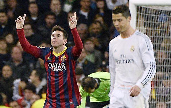 Lío descomunal.  El rosarino marcó tres goles y puso al Barsa otra vez en carrera.
