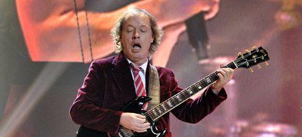 AC/DC desempolva el fondo del armario y surge un nuevo álbum