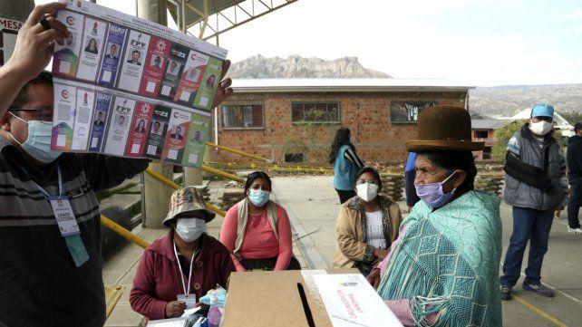 El Tribunal Electoral de Bolivia promete que los comicios serán limpios y transparentes