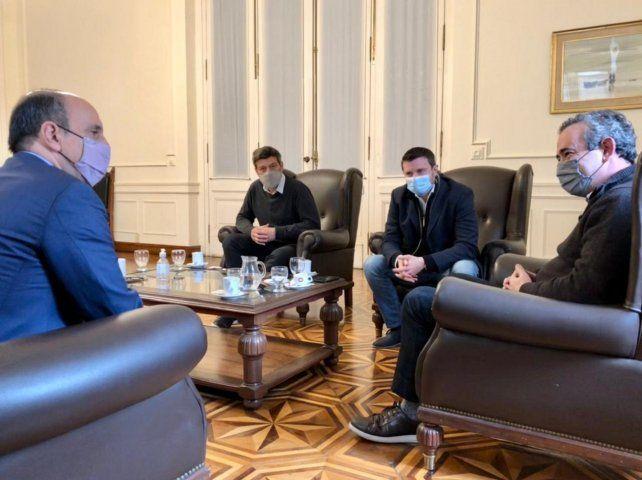 Pablo Javkin recibió ayer a José Corral y Roy López Molina