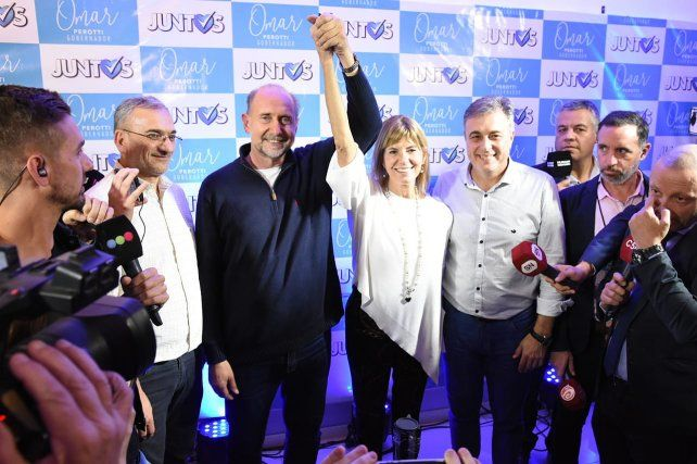 La gran performance de Perotti-Rodenas le permite al peronismo disfrutar del triunfo provincial