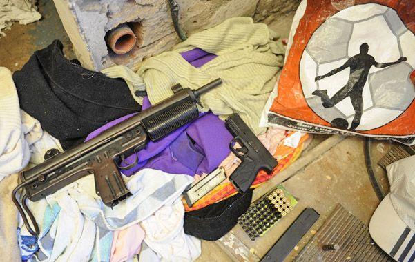 Poderosa. Una metra similar a la secuestrada el viernes en Villa G. Gálvez. (foto: Celina Mutti Lovera)