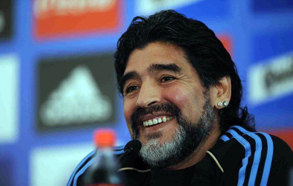 El campeón del mundo 86 dijo que Messi gana en velocidad y definición.