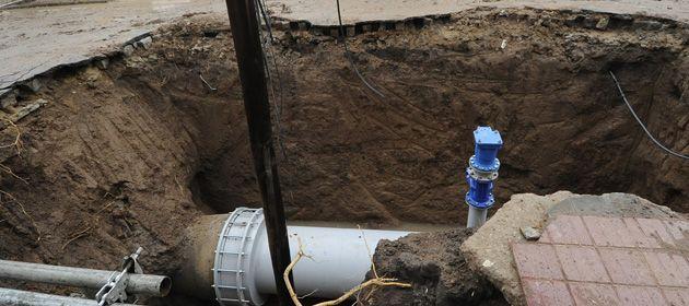 Los trabajos de reparación del acueducto insumieron más de dos días. (Foto de archivo: F. Guillén)