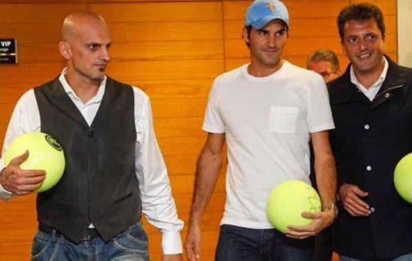 Federer fue recibido por el empresario Guillermo Marín y el intendente de Tigre Sergio Mazza.