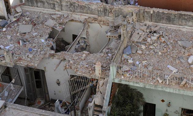 Las casas linderas que sufrieron graves daños por la explosión en Salta 2141. (Foto: N. Juncos)