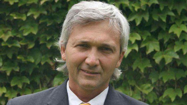 Carloni además destacó que le gusta jugar ante River y Boca