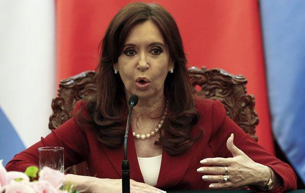 La presidenta calificó la denuncia en su contra como un golpe desestabilizador.