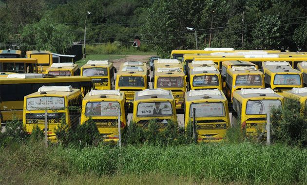 Los ómnibus de Rosario Bus hoy no están circulando por una medida de fuerza de los choferes.