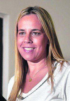 Festejo. Lo preside Daniela León.