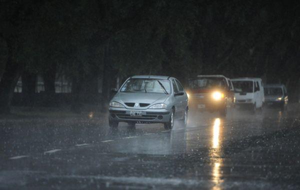 El Servicio Meteorológico estima que pueden caer alrededor de 100 milímetros en forma localizada.