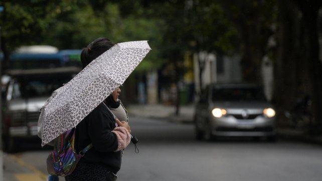 El pronóstico del tiempo no descarta alguna precipitación para este lunes después del mediodía.