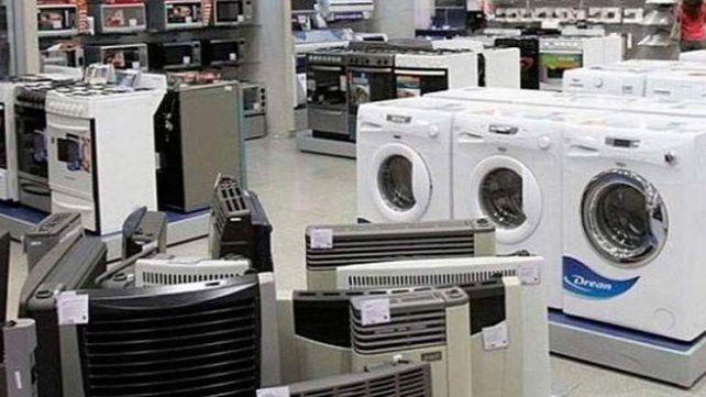 El acuerdo de congelamiento de precios busca incentivar el consumo y sostener el poder de compra.