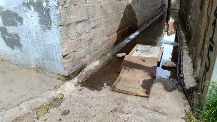 La entrada al pasillo de Lima y Cerrito donde cayeron abatidos los dos jóvenes de 16 y 18 años.