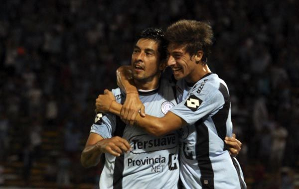 Belgrano desniveló recién a cuatro del final y sigue a tiro del pelotón de punta.