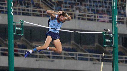 Juegos truncos. El atleta no podrá competir y permanecerá aislado antes de volver.