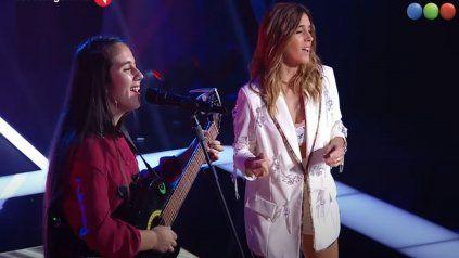 Sueño cumplido. La joven salteña cantó junto a Soledad Pastorutti tras ser elegida por la cantante de Arequito. (Imagen de TV)