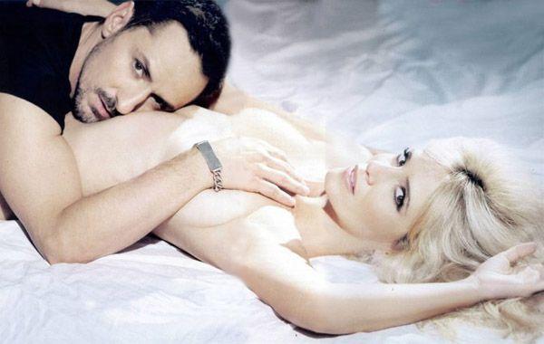 Griselda junto a Carlos Casella en una obra de teatro muy hot llamada Estás que te pelas.