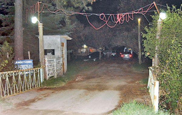El lugar.  El bar nocturno La Quinta se levanta junto a la ruta provincial 93