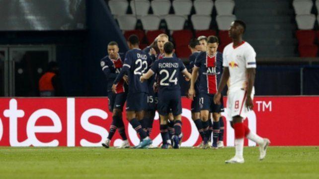 Todo PSG Festeja el gol del triunfo.