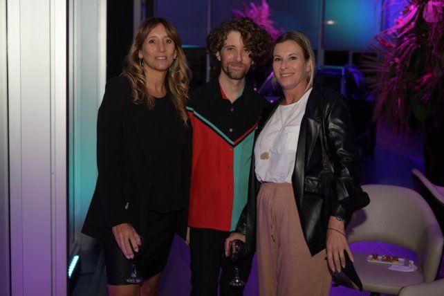 Nerina Pizarotti, Mauro Guzmán y Silvia Cagnone