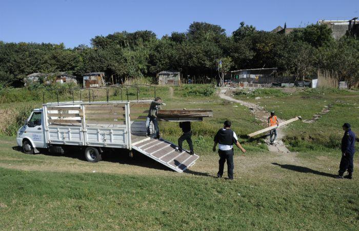 En 2014 ya hubo un desalojo en la zona por parte de las fuerzas de seguridad. (Foto: Marcelo Bustamante / La Capital)