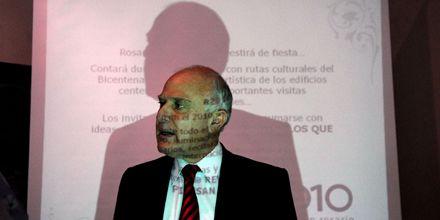 Lifschitz llamó a hacer una revolución en Rosario para el Bicentenario