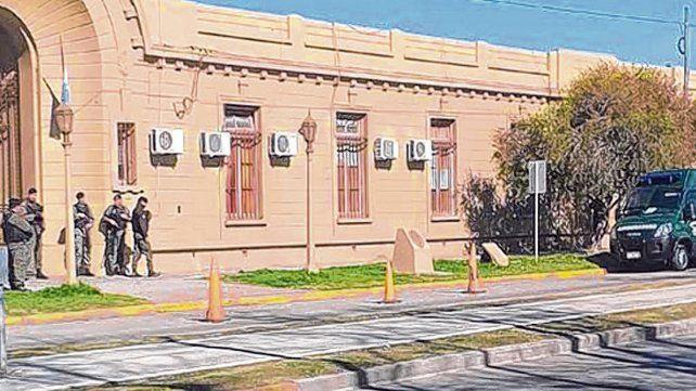 unidad en la mira. La Jefatura de San Lorenzo fue intervenida por las nuevas autoridades de Seguridad provincial.