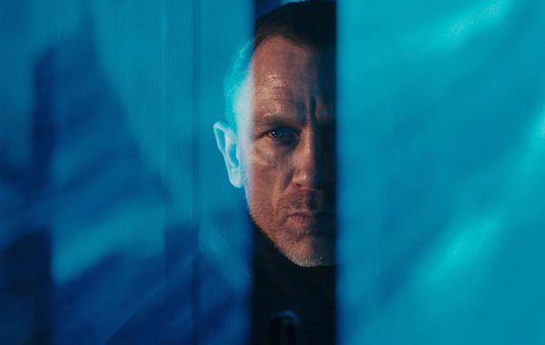 Daniel Craig vuelve a interpretar al agente del Servicio Secreto inglés en el filme que se estrena hoy.