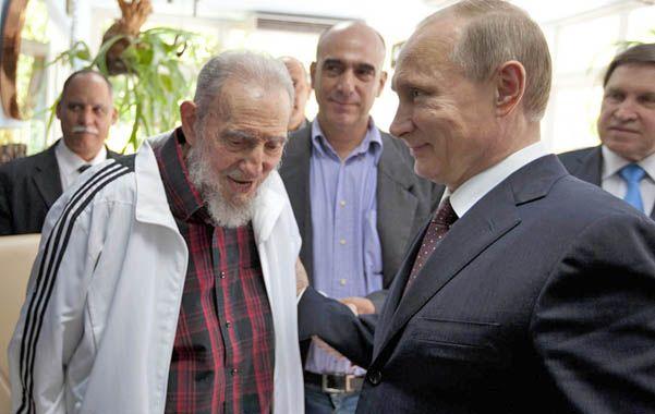 Aliados. Fidel Castro recibió a Putin durante su visita oficial a Cuba.