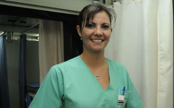 Apasionada. Anahí es miembro de la Fuerza Aérea y forma parte del personal del Liceo Aeronáutico de Funes.