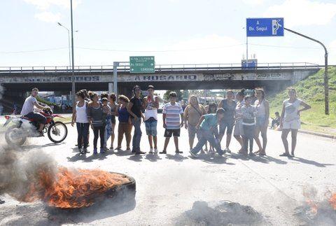 Cortes en Rosario por la movilización