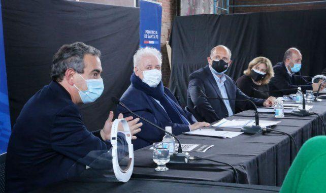 Ginés está en Rosario para analizar la situación sanitaria de la provincia.