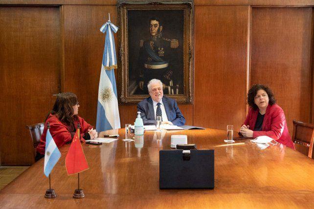 Con 3.000 voluntarios argentinos se probará la vacuna china en el país