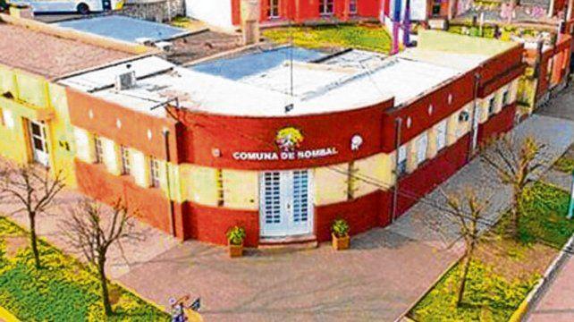 pueblo y comuna. En Bombal viven unos 4 mil habitantes.