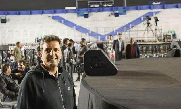 Massa en la previa del gran acto que de esta tarde en Liniers.