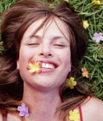 Un estudio revela que la felicidad es contagiosa