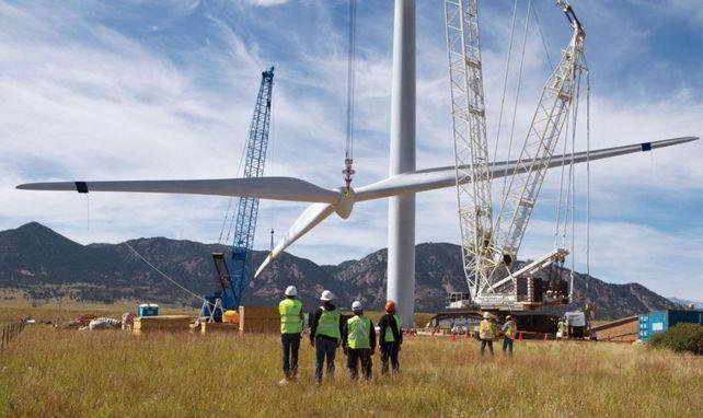 Instalación de un parque eólico en Chubut.